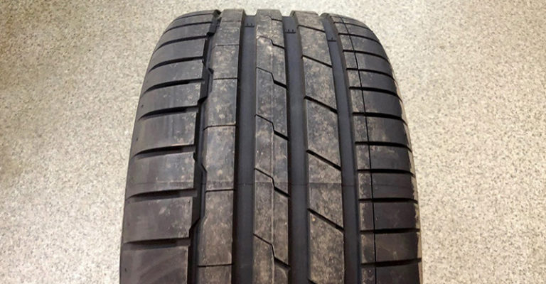 「Hankook 韓泰 Ventus S1 evo3 K127」總評價 20款輪胎中濕地煞車表現第1